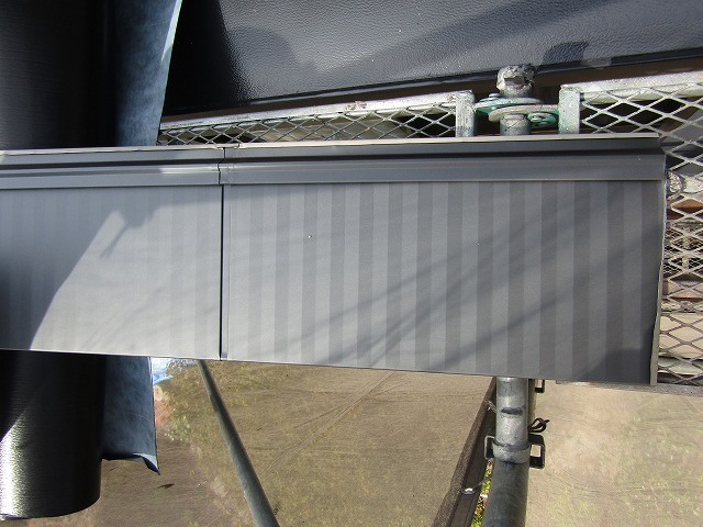 カバー工法で使用したガルバリウム鋼板
