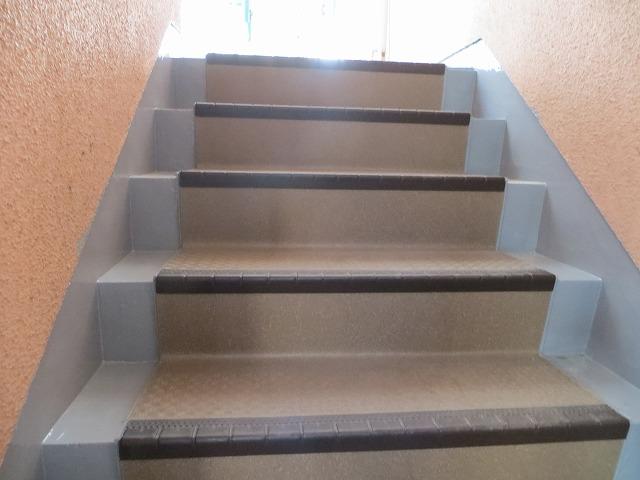 屋外階段防水